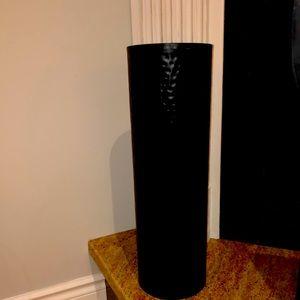 20 in tall black metal cylinder vase 6in diameter